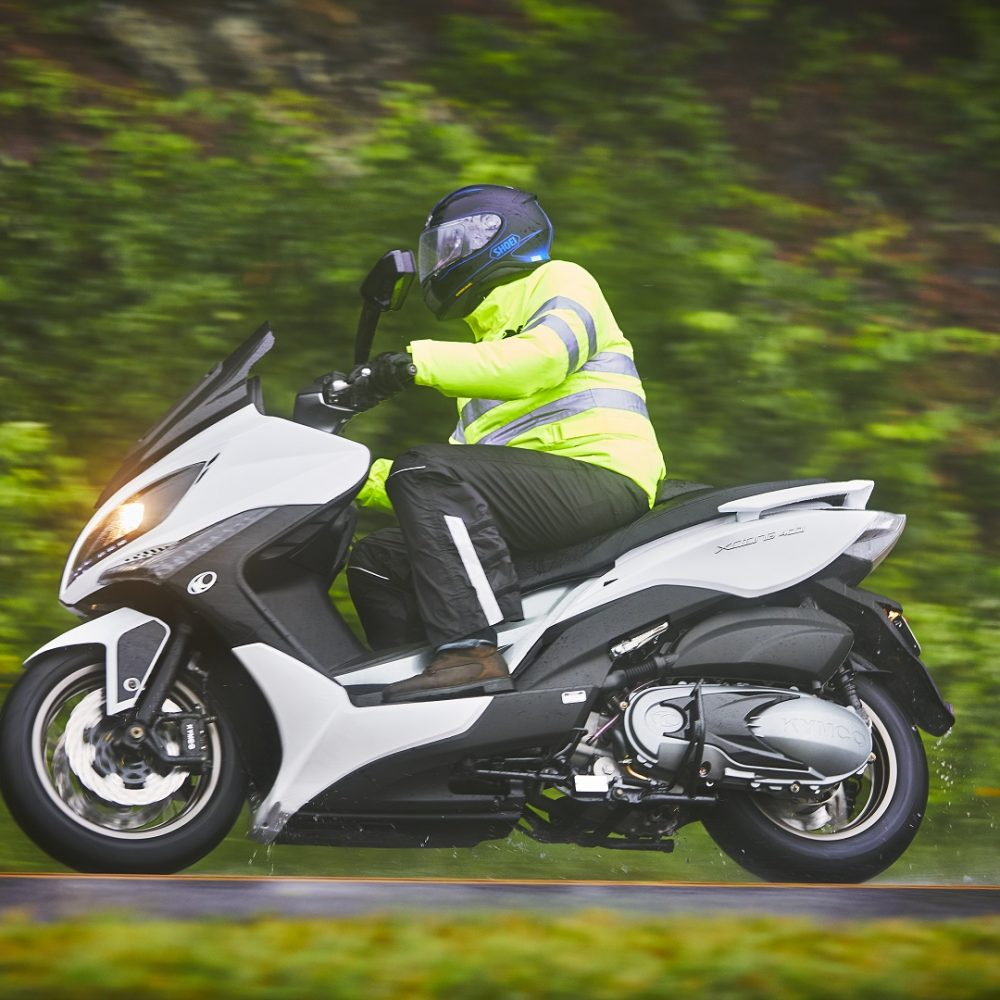 Kymco-Xciting-400i-White-Side